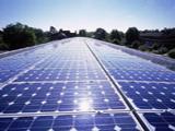 Governo quer cidadãos a produzir energia solar sem subsídios